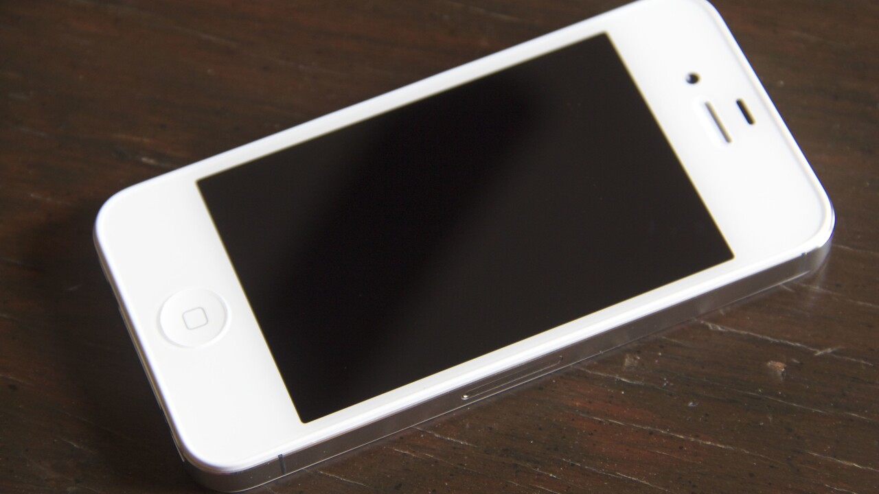 Sprint reduces iPhone 4S to $149 and waives $36 activation fee in advance of next iPhone