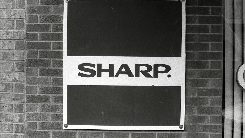 Troubled Sharp opens $350 million voluntary redundancy initiative