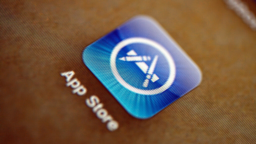 Chinese App Store users complain that Apple doesn't speak their language