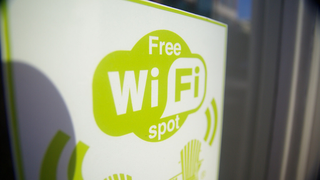 Microsoft and Boingo celebrate Windows 8 launch, offering free WiFi in New York and San Francisco