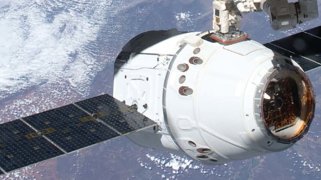 Elon Musk and Charlie Bolden of NASA discuss Sunday's Dragon capsule mission in Google hangout