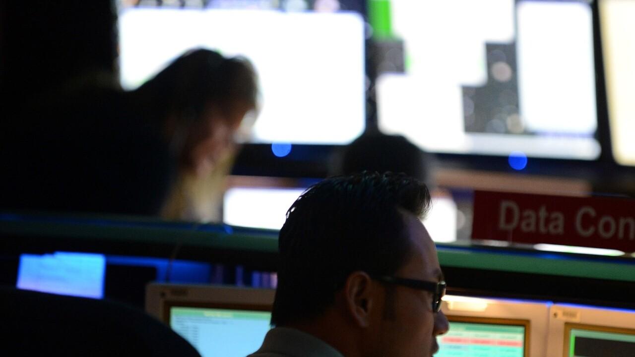 HootSuite announces physical Social Media Command Centers for enterprises