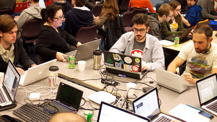 Microsoft opens up registration for WOWZAPP 2012 hackathon in 30 different locations