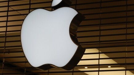 Following HTC deal, Apple says it's interested in resolving patent dispute with Google's Motorola