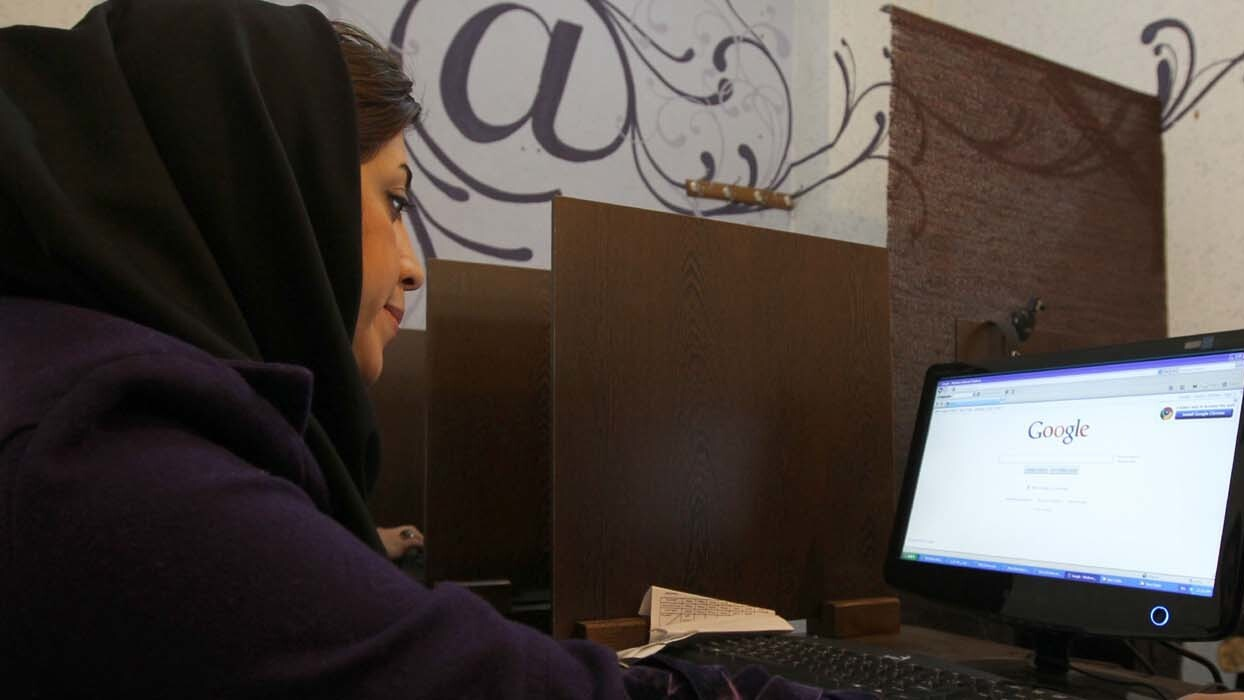 58% of Iranians use Facebook despite blocks and censorship, study finds