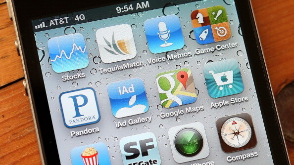 Google Play is growing faster, but Apple's App Store brings in way more money: Distimo