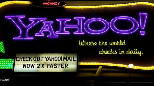 Yahoo ends 2012 with a bang as its stock breaks records, hitting prices not seen since August 2008
