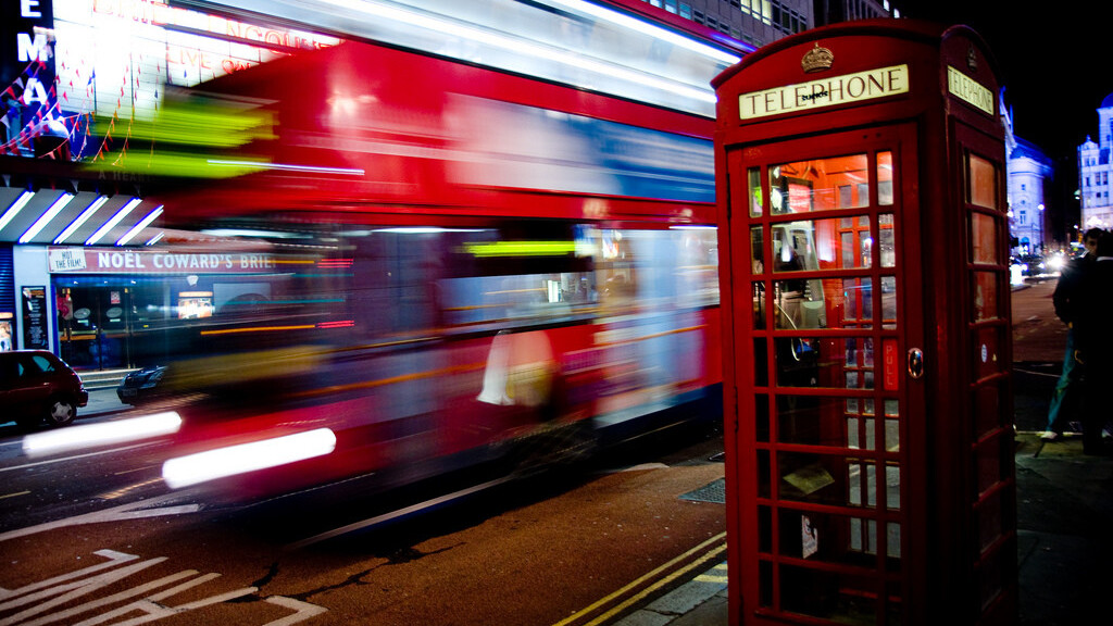 London's buses become the city's first mode of public transport to accept contactless card payments