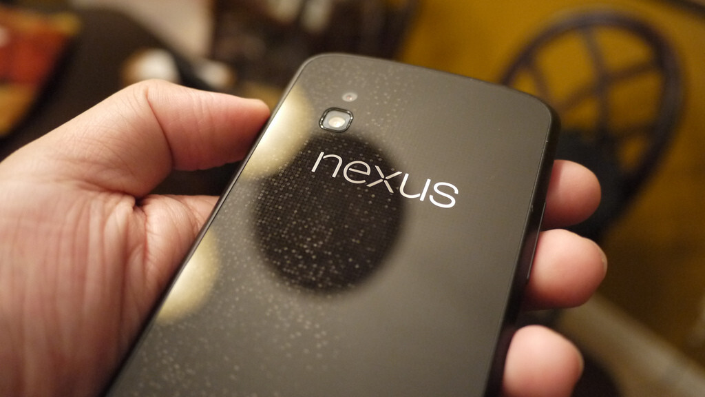 """Google UK managing director details Nexus 4 supply and communication issues, offers """"unreserved apology"""""""