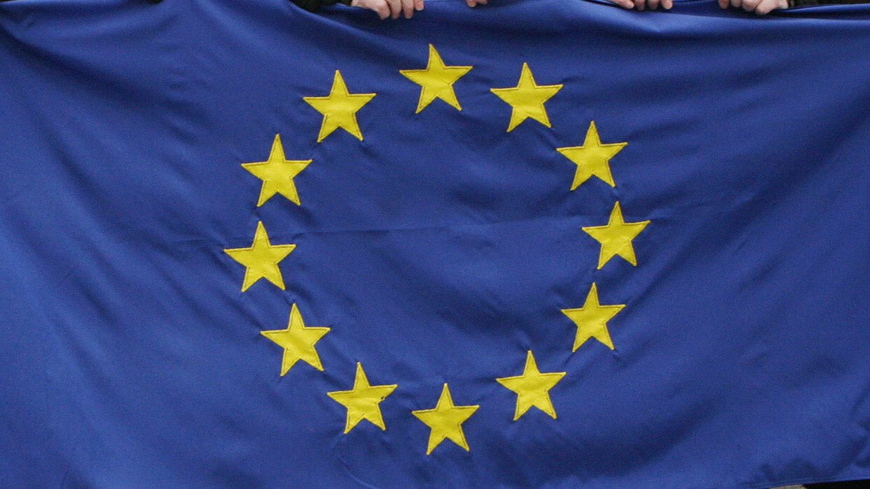 Social networking is replacing blogging, and EU broadband consumption is on the rise: Eurostat
