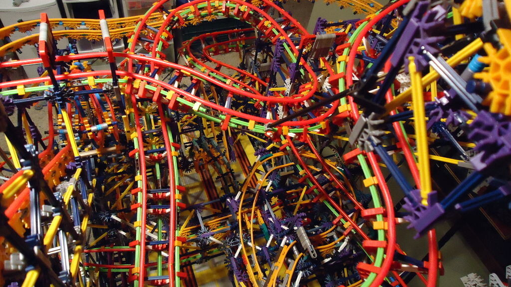 What do you do with 20,000 K'Nex parts? Build a massive pinball machine, of course