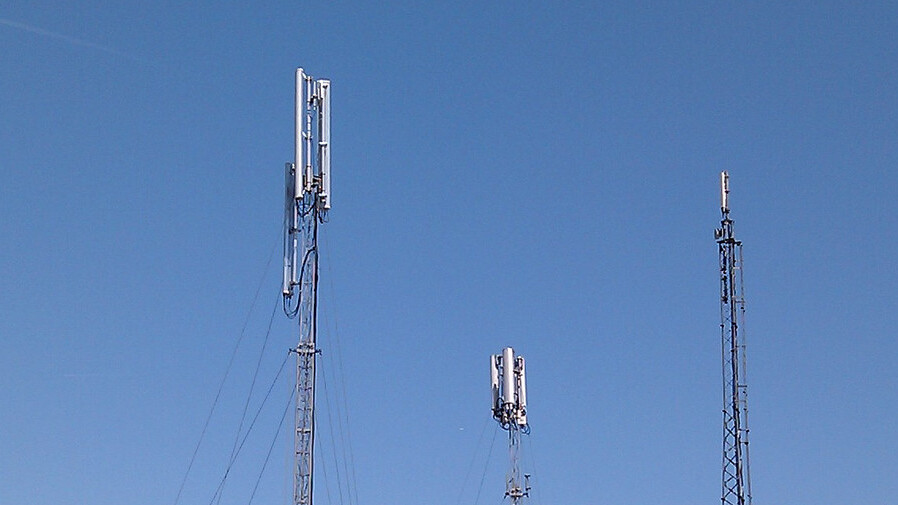 Let there be 4G: Ofcom starts accepting applications from operators ahead of January 2013 bidding
