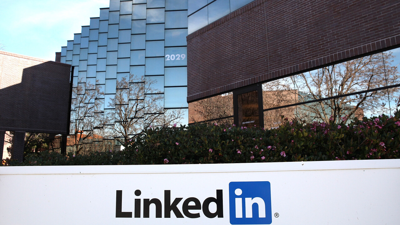 LinkedIn hits 200 million members from more than 200 countries