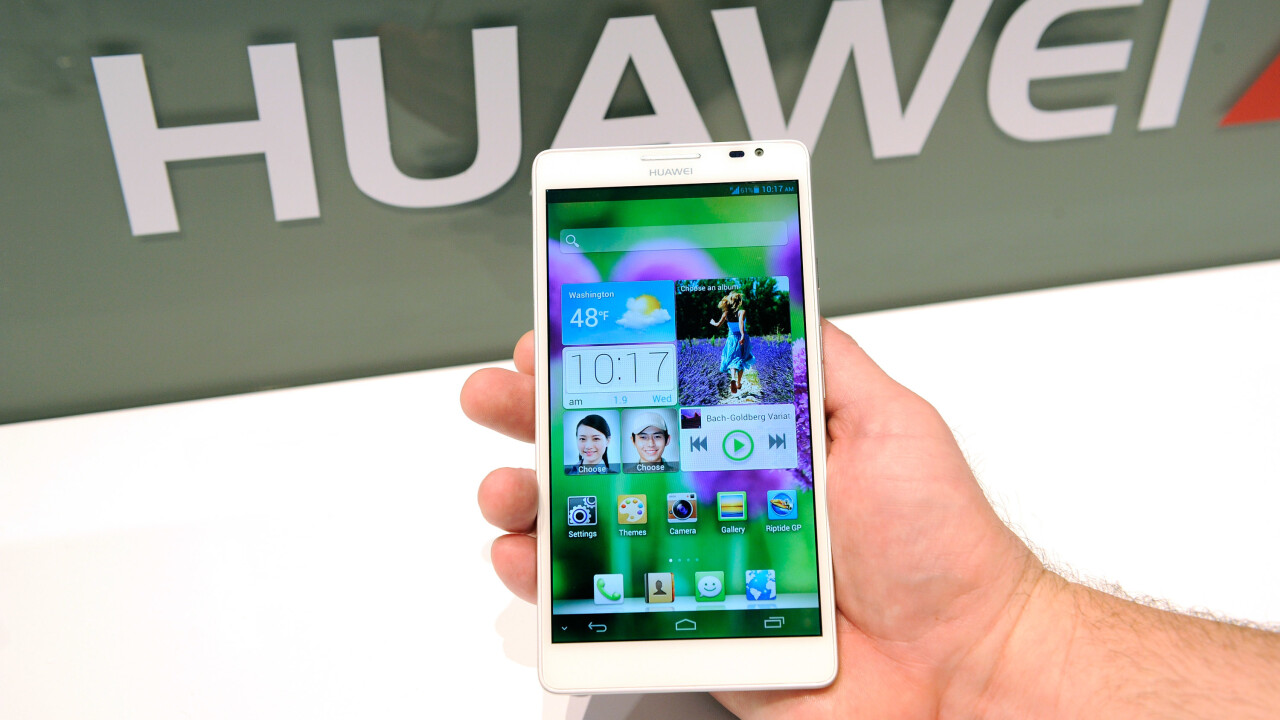 Large-display smartphone shipments predicted to more than double, passing 60 million units in 2013