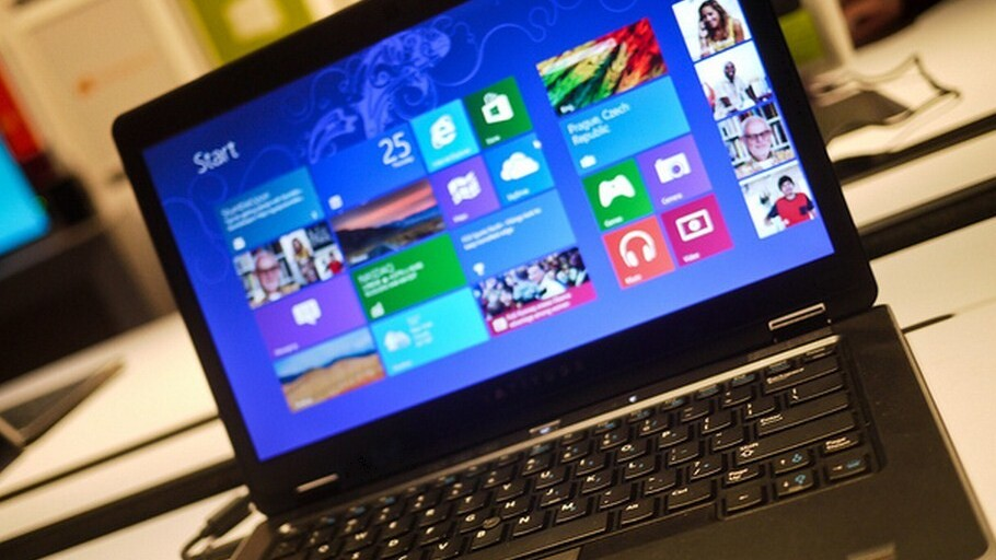 This past holiday season Windows-based notebook sales declined 11% while Macbooks eased 6%