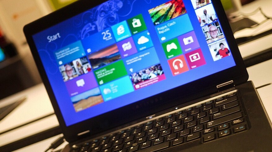 Citing momentum, Microsoft plans 400% price increase for Windows 8