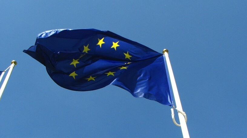 Europe's four biggest operators reportedly in talks to create EU-wide mobile network
