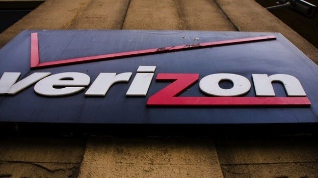 Verizon notes the iPhone effect as it estimates record 9.8m smartphone activations in Q4 2012