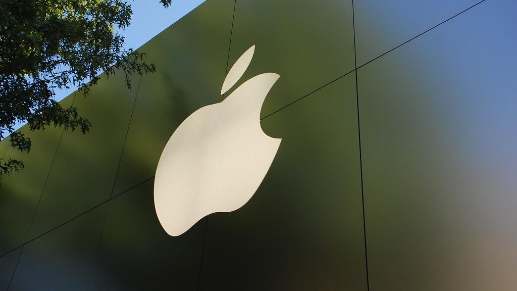 Apple appoints Xerox CFO Luca Maestri as new corporate controller