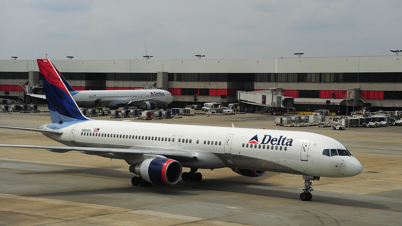 Delta launches iPad app with mapping and social features, updates iPhone version with Passbook support