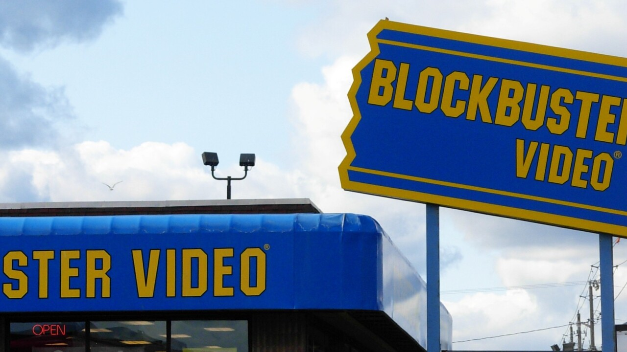 Blockbuster updates its disc-rental iOS app, letting US users view trailers, manage their queue and more