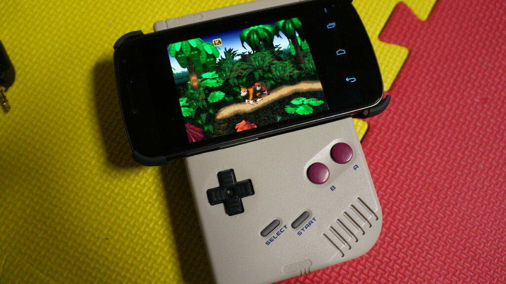 This guy turned his old Game Boy into a gamepad for his Android phone