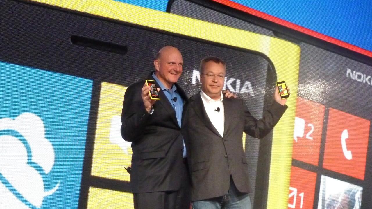 Nokia launches its flagship Lumia 920 and Lumia 820 smartphones in key market India