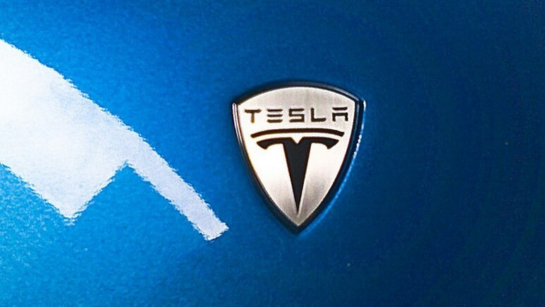 Elon Musk calls NY Times review of the Tesla Model S 'fake,' citing vehicle log data as proof