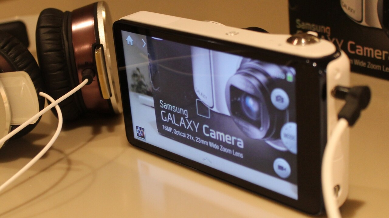Different class: Can Samsung's cross-breed Galaxy Camera find its niche?
