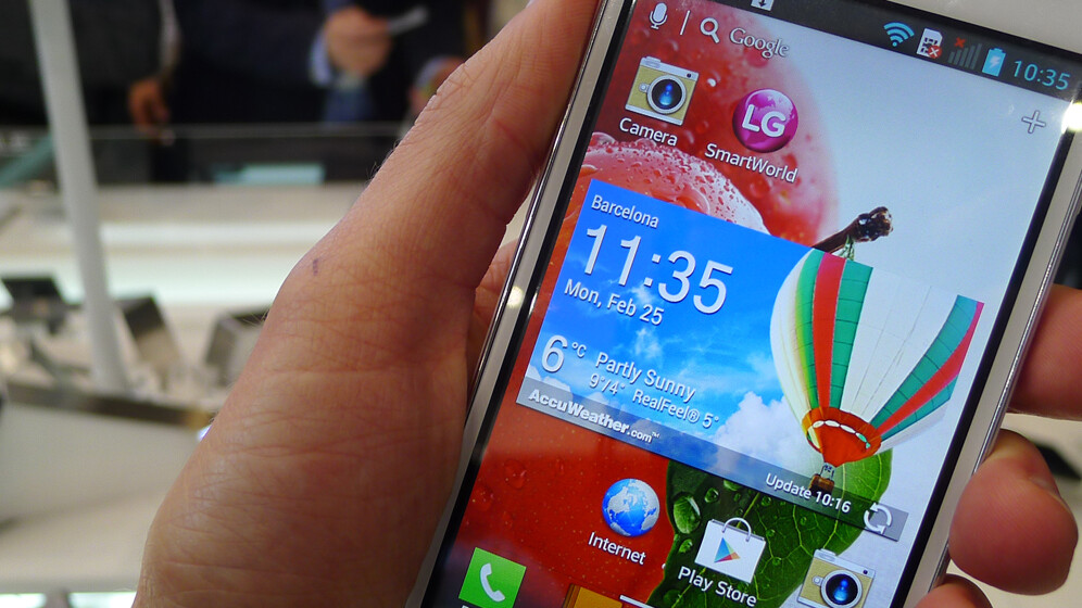 Hands-on with LG's new Optimus L Series II Android smartphones
