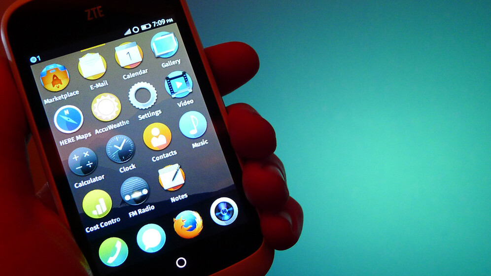 Hands-on with Firefox OS: ZTE Open and Alcatel One Touch Fire
