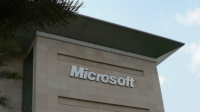 This week at Microsoft: Hacks, Internet Explorer market share, and the Surface Pro