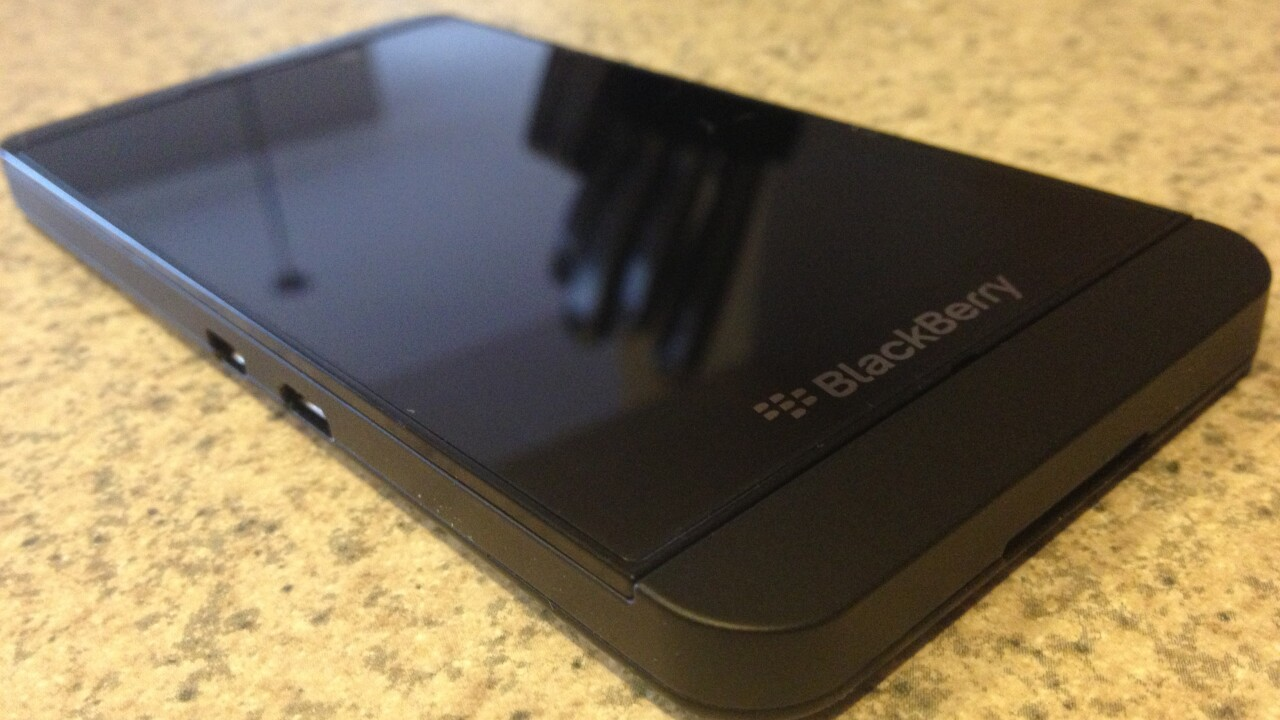 BlackBerry begins selling SIM-unlocked smartphones online, starting with Z10 for $399 and Q10 for $549 in the US