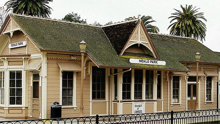 Facebook wins permission in 4-0 vote to build second Menlo Park campus