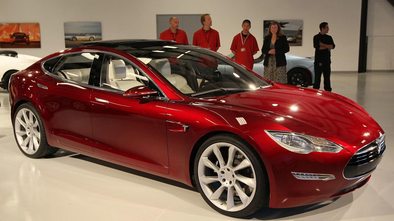 Tesla Motor says it'll be profitable in Q1 after exceeding targets by selling 4,750 Model S vehicles