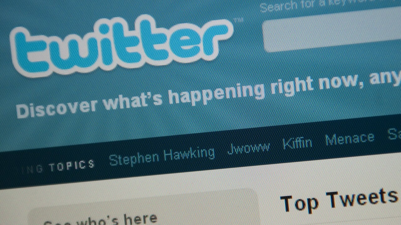 Twitter strikes ad deal with Starcom MediaVest Group, bringing in Coca-Cola, Walmart, P&G, more