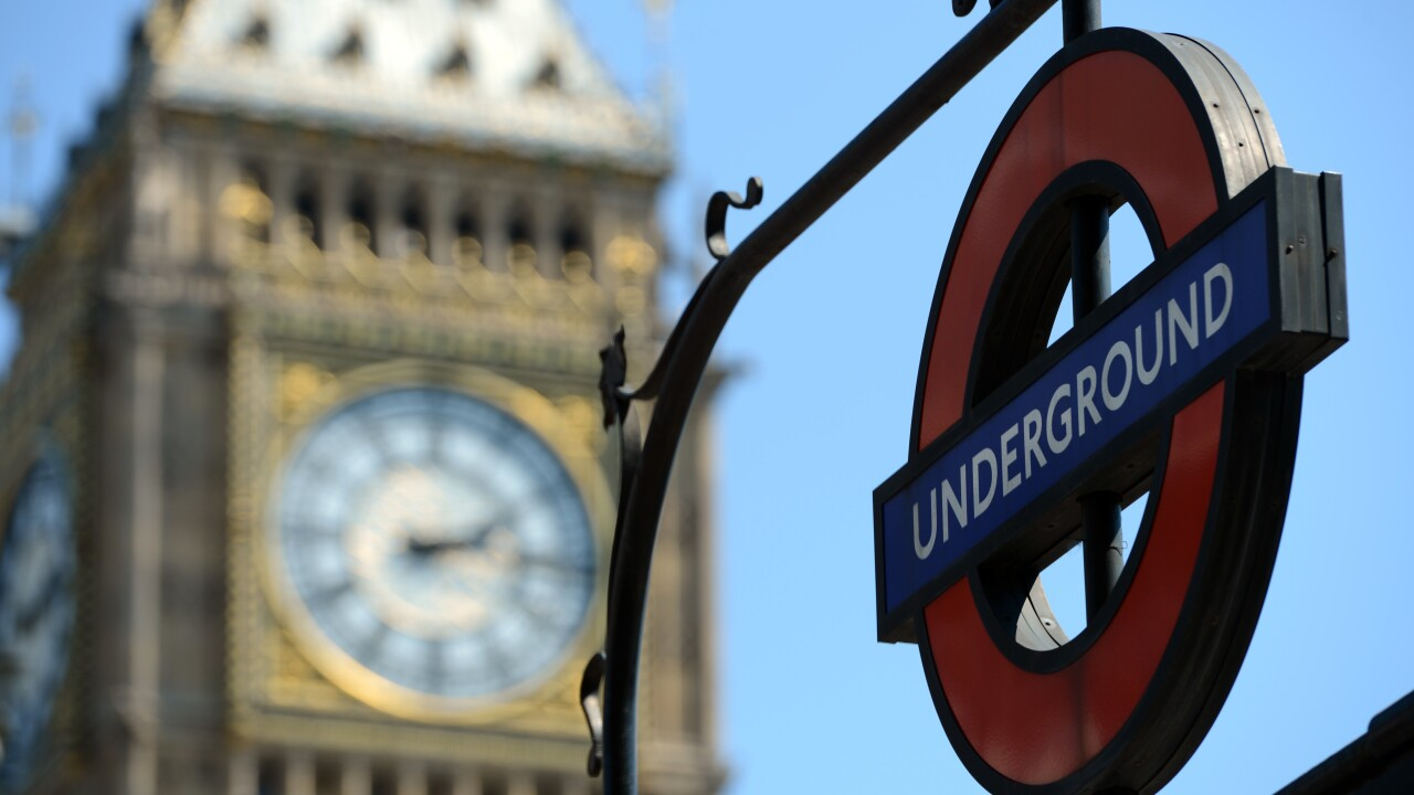 O2 signs deal with Virgin Media to offer its customers free Wi-Fi access in the London Underground