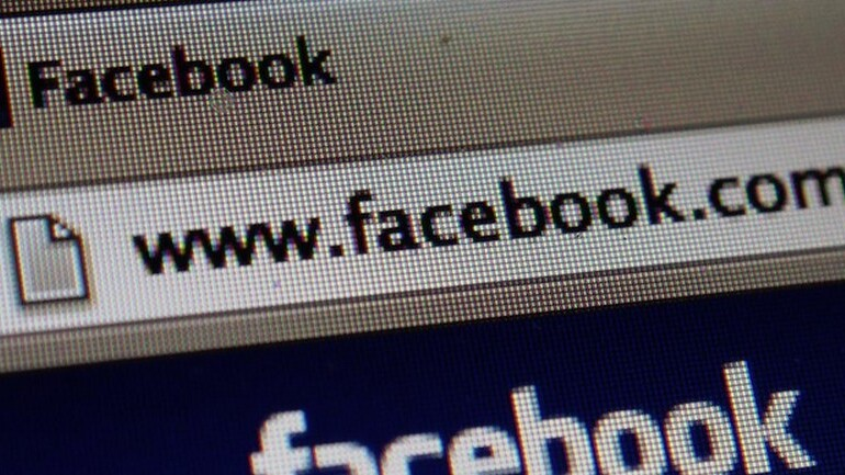 After Netflix gaffe, the SEC approves investor updates on Twitter, Facebook