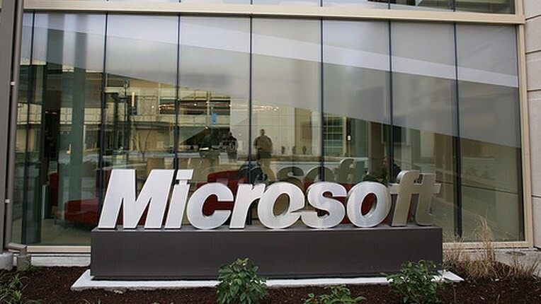 What the coming end of Windows XP means for Windows 8's market share