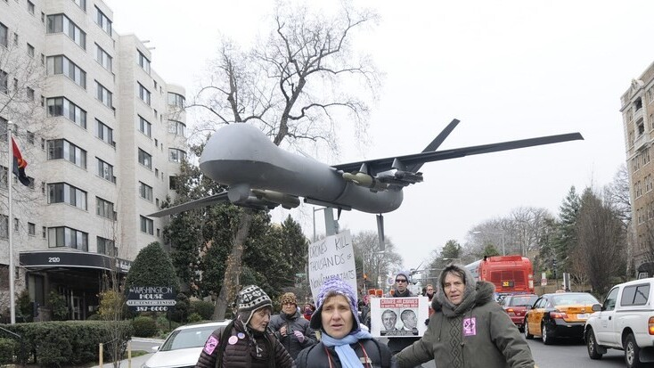 Google's Eric Schmidt calls for civilian drone regulation