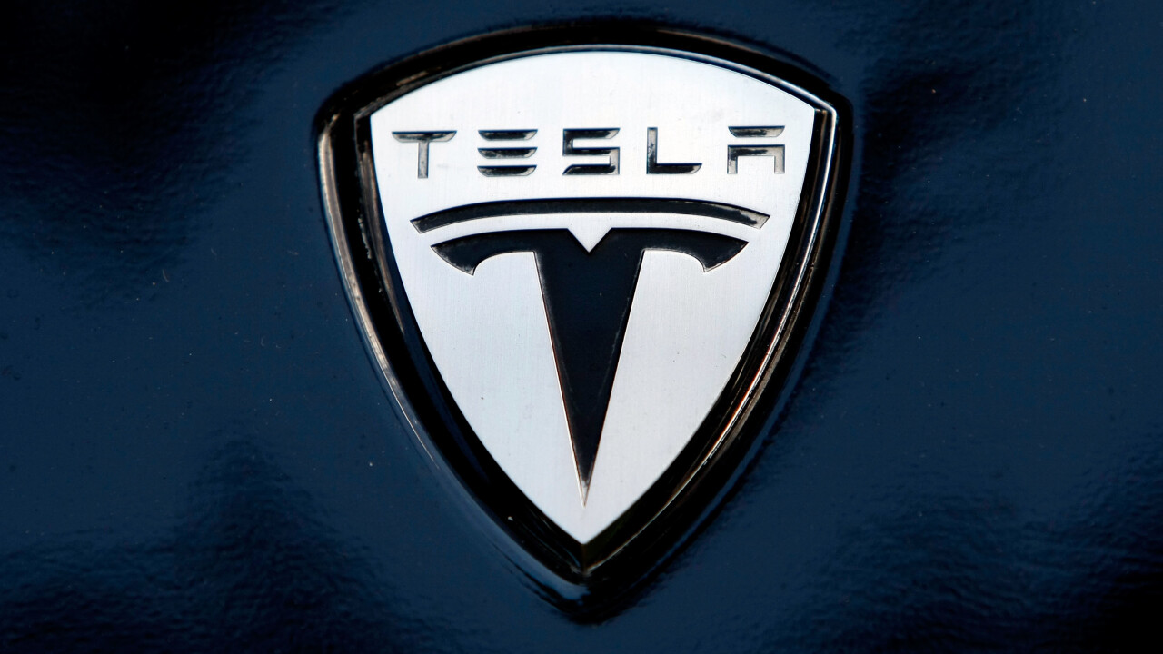 Tesla adjusts Model S financing plan to include 72-month loans and best value resale guarantee