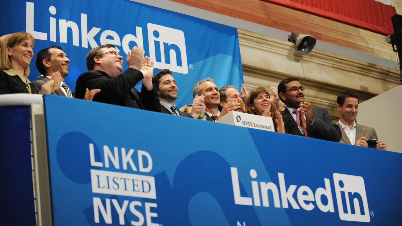 Slowing revenue growth predictions in its Q1 report clips $2.8 billion from LinkedIn's market cap