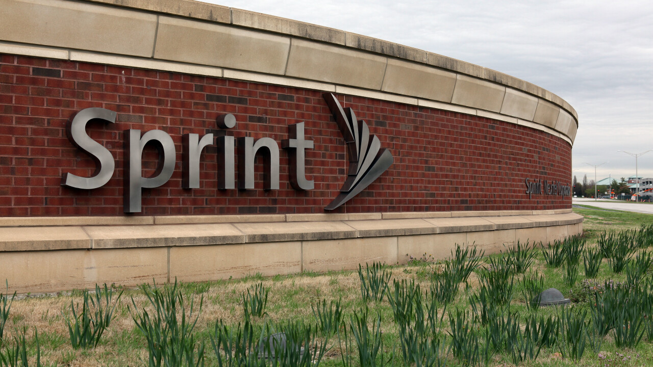Clearwire tries to persuade minority shareholders that Sprint's $2.2 billion offer is the only option