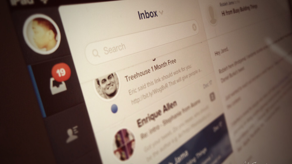Evomail for iPad is a slick and beautiful email client, no learning curve required