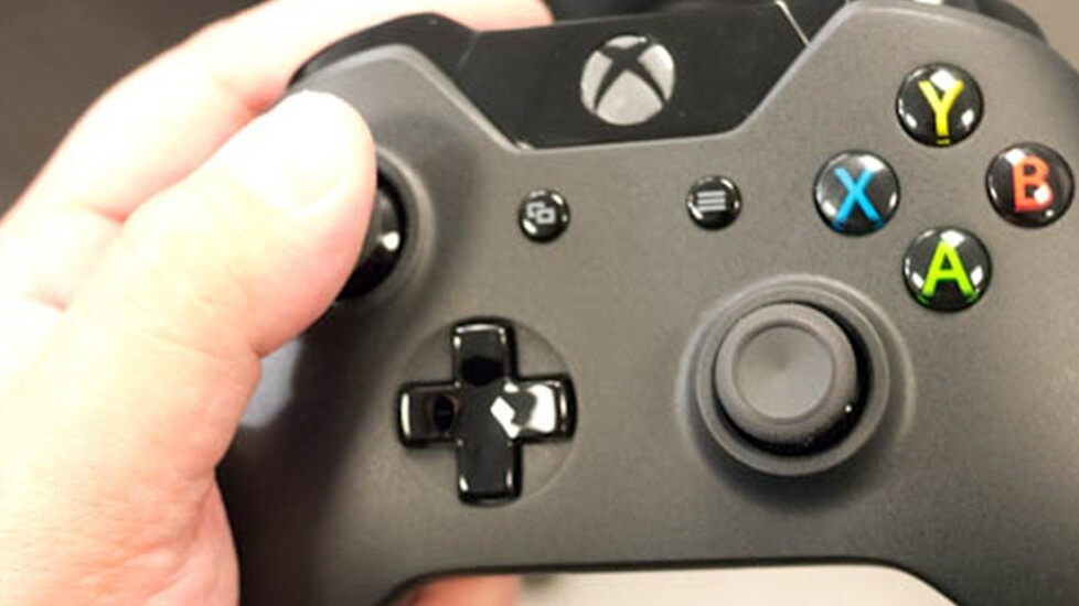 Microsoft releases 32-bit and 64-bit Windows drivers for the Xbox One controller