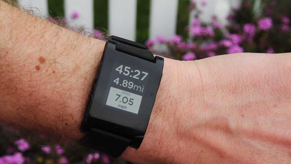RunKeeper rolls out Pebble smartwatch integration on iOS and Android