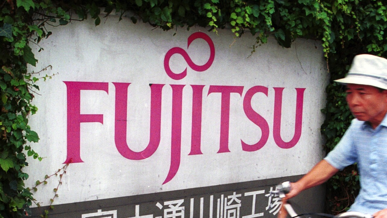Fujitsu enters the high-end Android smartphone market in Japan with the ARROWS A SoftBank 202F