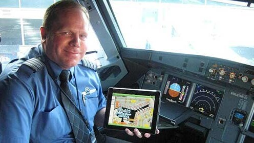 JetBlue is the latest airline to issue pilots with iPads, moving one step closer to paperless cockpits