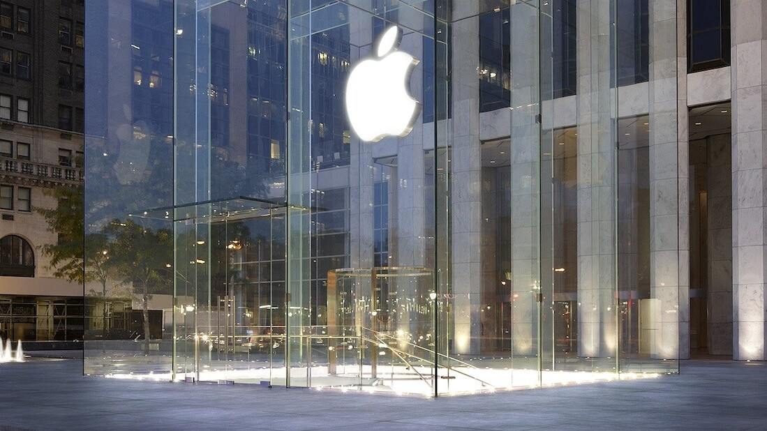 Apple announces 575m iTunes accounts, 900,000 apps available in the App Store, $10b paid to developers