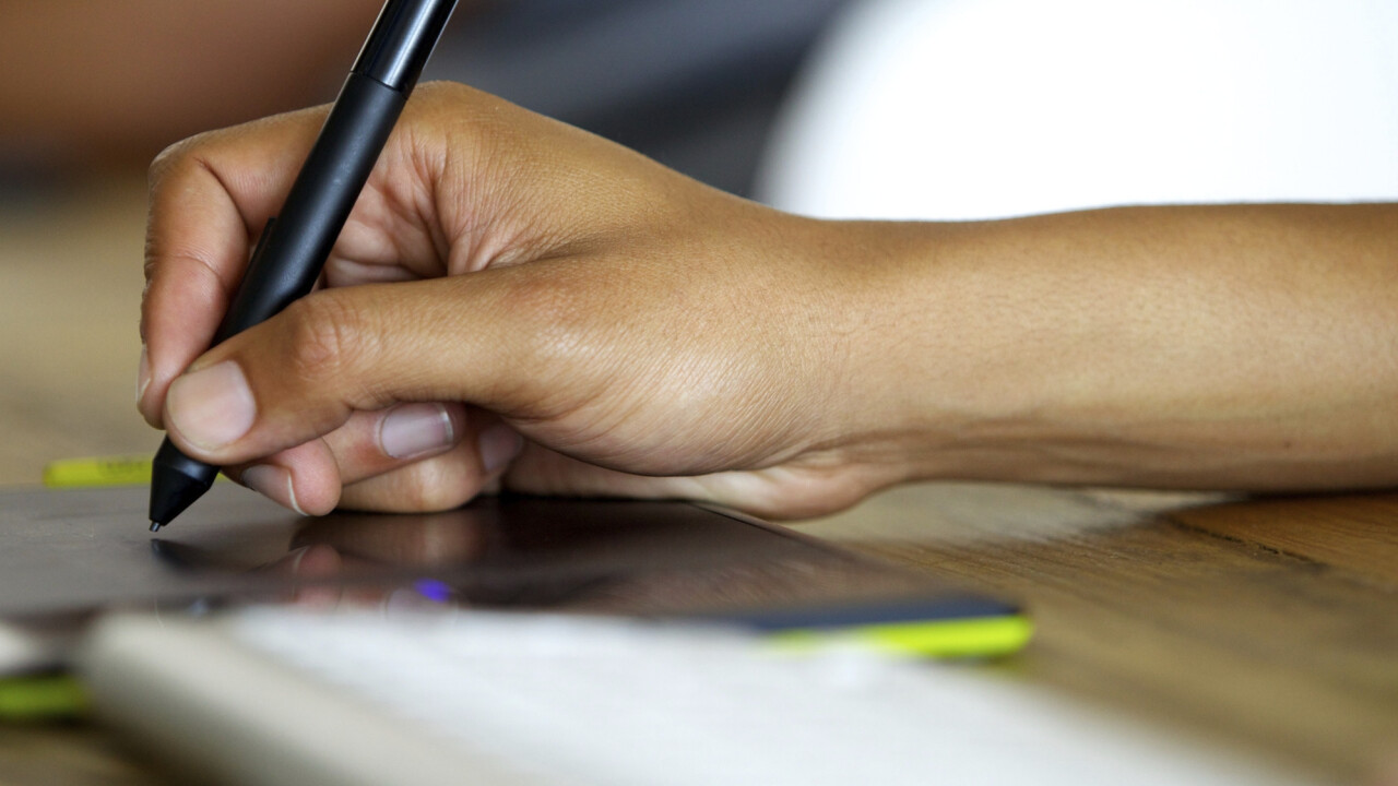 7 things to think about before creating a logo for your startup